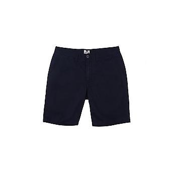 Weekend lovbryteren Ivan Chino shorts