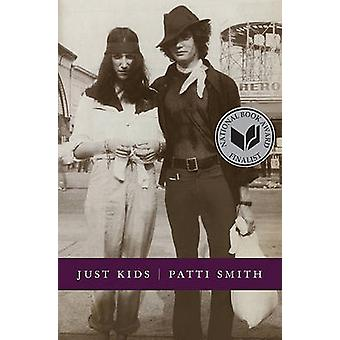 Just Kids by Patti Smith - 9780066211312 Book