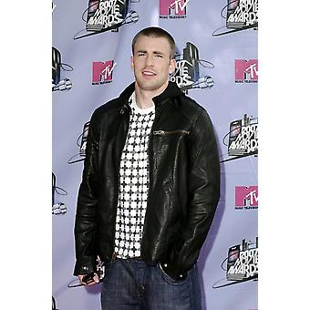 Chris Evans At Arrivals For 2007 Mtv Movie Awards - Arrivals Gibson Amphitheatre At Universal Studios Universal City Ca June 03 2007 Photo By Michael GermanaEverett Collection Celebrity