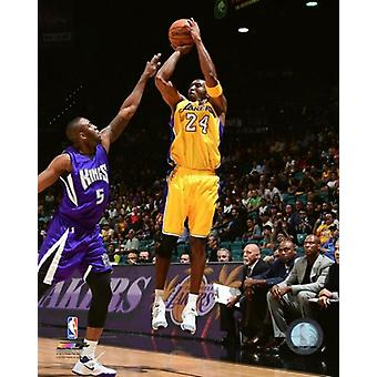 Kobe Bryant 2015-16 Action Photo Print (8 x 10)