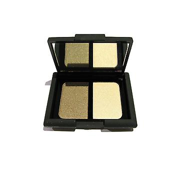 W7 Smooch Duo Eyeshadow Naughty skolflicka 2,5 g