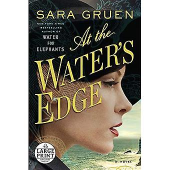 At the Water's Edge (Random House Large Print)