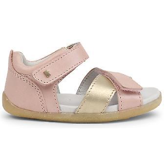 Bobux skridt op sejl sandaler Blush Pink guld