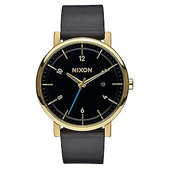 Nixon Analog quartz men's watch with leather A945-513-00