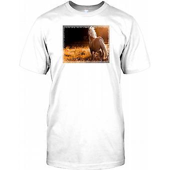 Beautiful Horse Running In Field - Stunning Mens T Shirt