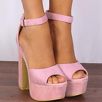 Shoe Closet Baby Light Pink Wedged Platforms Strappy Sandals High Heels