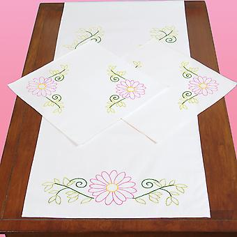 Stamped Dresser Scarf & Doilies Perle Edge-Daisies 448 553