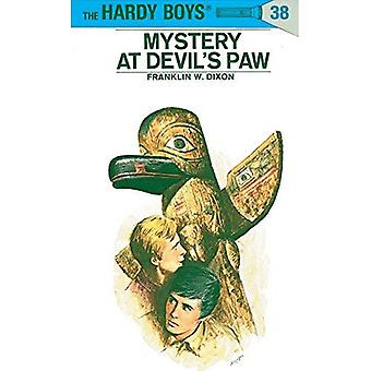 Mystery at Devil's Paw (Hardy Boys)