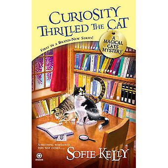 Curiosity Thrilled the Cat - A Magical Cats Mystery by Sofie Kelly - 9