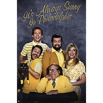 Its Always Sunny in Philadelphia - Sears Family Photo Poster Poster Print