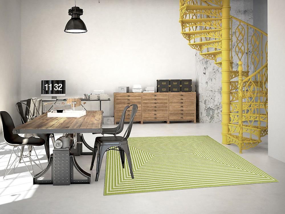 Outdoor-Teppich für Terrasse / Balkon grün Vitaminic Braid Green 133 / 190 cm Teppich Indoor / Outdoor - für drinnen und draussen