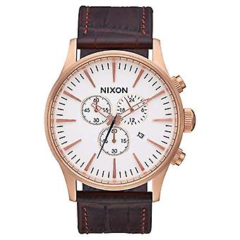 Nixon Analog quartz men's watch with leather A405-2459-00