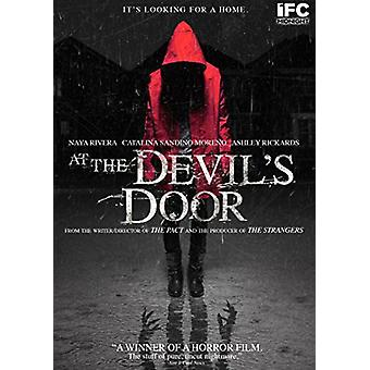 At the Devils Door [DVD] USA import
