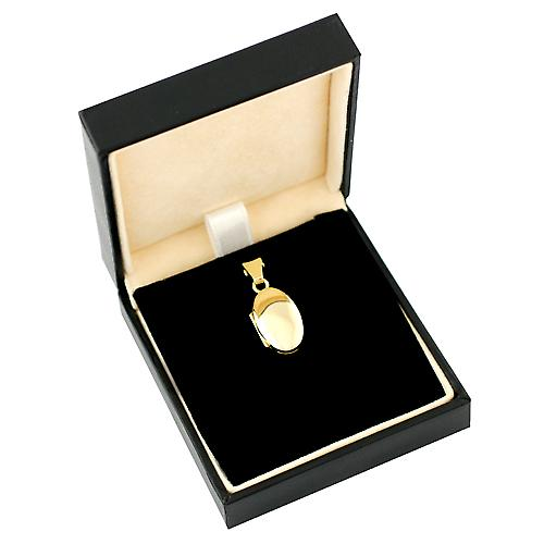 18ct Gold 18x11mm plain oval Locket