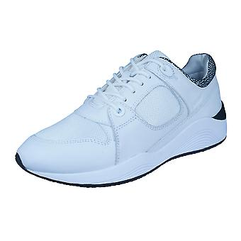 Womens Geox Trainers D Omaya A Leather Casual Shoes - White