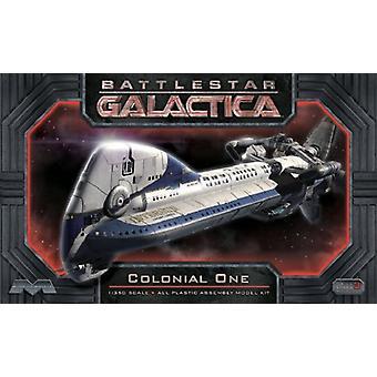 Moebius Battlestar Galactica Colonial un Kit de la escala 1:32