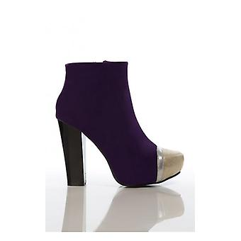 The Fashion Bible Celebrity Style Boots In Purple