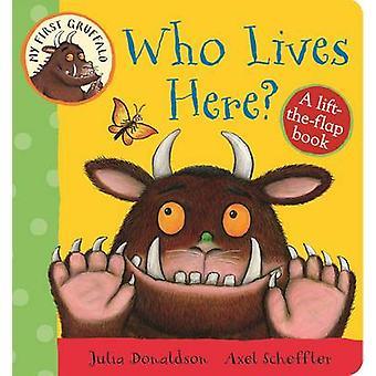 Som bor her? -En heis-the-klaff bok (hovedmarkedet ed) av Julia Donal