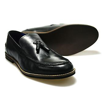 Red Tape Sligo Black Leather Men's Formal Shoes