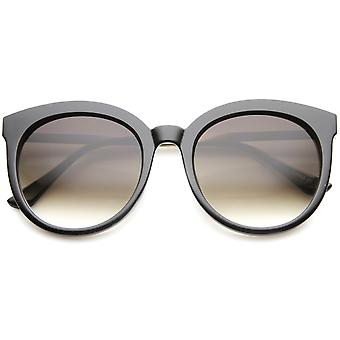 Womens Oversized Sunglasses With UV400 Protected Gradient Lens