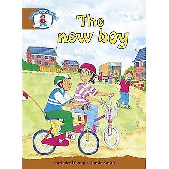 L'alphabétisation Edition Storyworlds étape 7, notre monde, le nouveau garçon