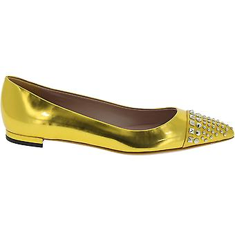 Gucci Gold leather Flats