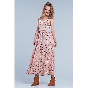 Pink dress with flower print and crochet cut