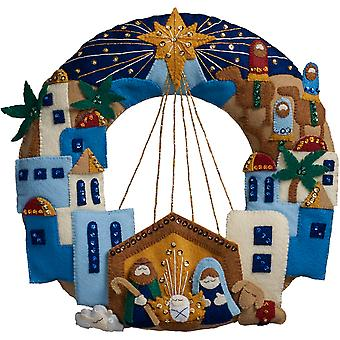 Town Of Bethlehem Wreath Felt Applique Kit- 86734