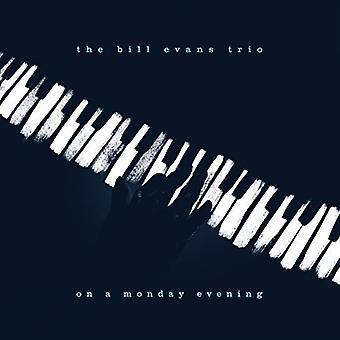 Bill Evans Trio - un lunedì sera in (importazione USA LP [Vinyl]