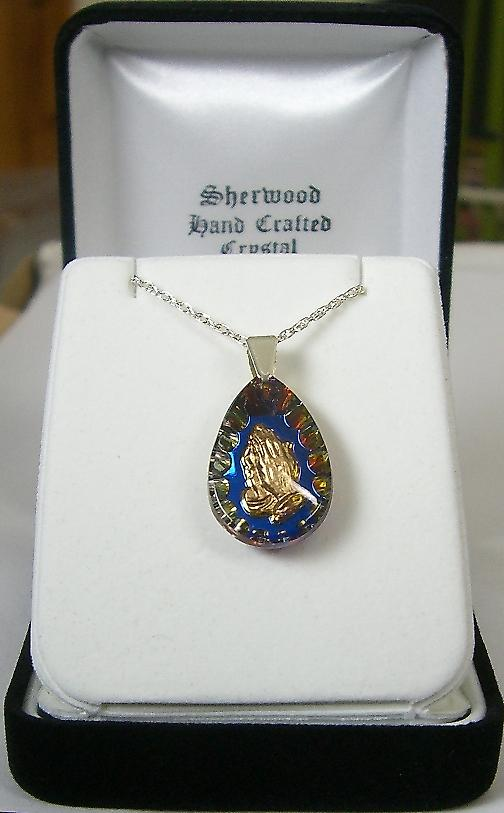 Heliotrope Oval Praying Hands Crystal Pendant