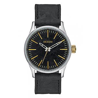 Nixon The Sentry 38 Leather Black Brass (A3772222)
