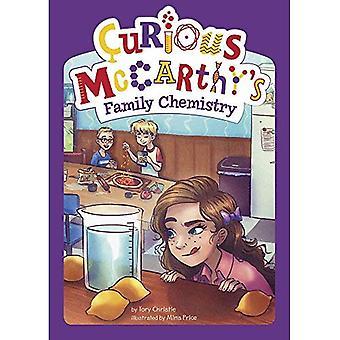 Familia química de McCarthy curiosa