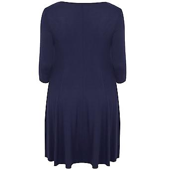 SCARLETT & JO Midnight Blue Swing kjole med blad stof krave