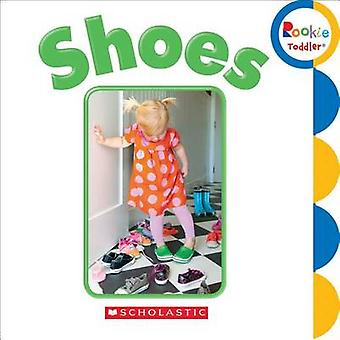 Shoes - 9780531205709 Book