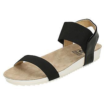 Damer ned til jorden flad komfort sandaler