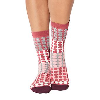 Eva women's super-soft bamboo crew socks in raspberry | By Thought