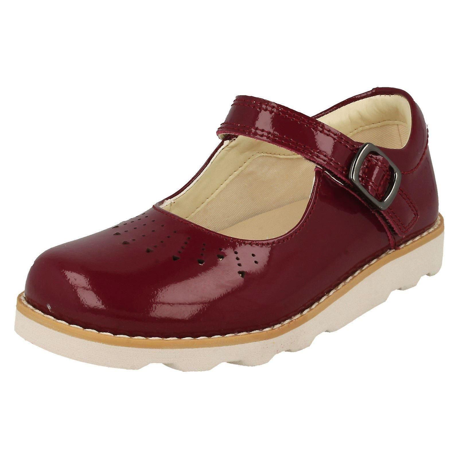 Clarks filles découper chaussures détaillées couronne Jump