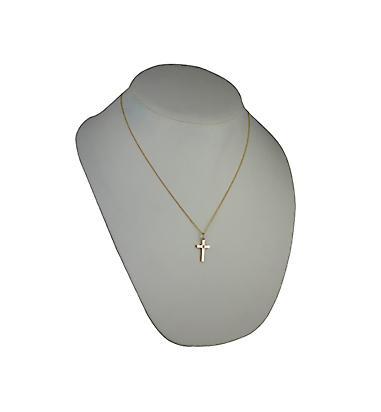 9ct or star diamond 20x13mm mis en croix avec un câble chaîne 18 pouces
