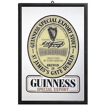 Guinness Spiegel  Wandspiegel mit schwarzer Kunststoffrahmung in Holzoptik.