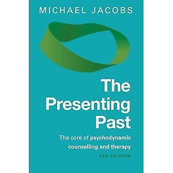 Le Presenting dernières: le noyau de psychodynamique de counseling et de thérapie