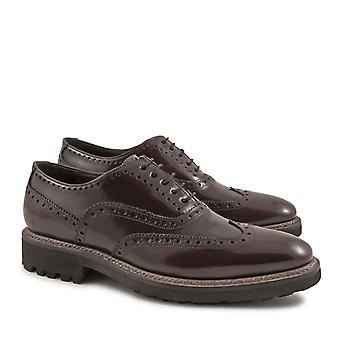 Handmade brogue shoes in burgundy lux calf leather