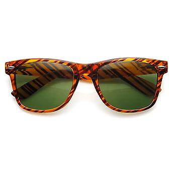 Classic Iconic Brown Stripe Glass Lens Horn Rimmed Sunglasses
