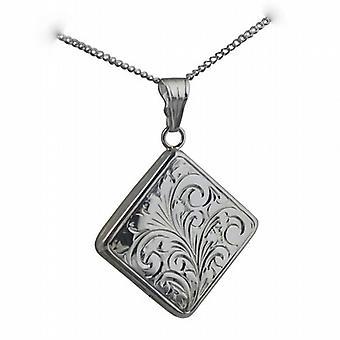 Zilveren 22mm hand gegraveerd platte ruitvormige medaillon met een curb Chain 18 inch