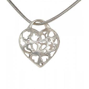 Corazones de filigrana de plata francesa Cavendish en un colgante de corazón con cadena de plata de 18-20