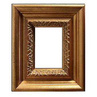 6, 7x9, 3 cm or 2 3/4 x 3 3/4 inches, photo frame in gold