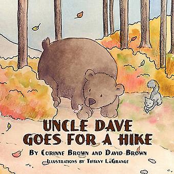 Oncle Dave va pour une randonnée par Brown & Corinne