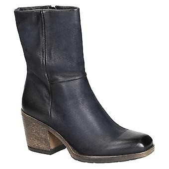 Western heel mid-calf boots in blue italian leather