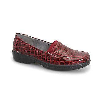 Lunar Nieve Croc Shoe