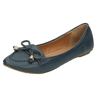 Ladies Spot On Flat Saddle Trim Pinted Toe Casual / Bow Vamp 'F8812'