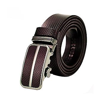Belt adjustable man in brown leather Texture and buckle steel Silver